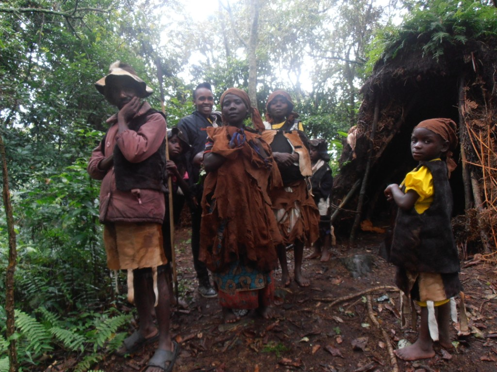 Buniga Batwa, Bwindi, Uganda